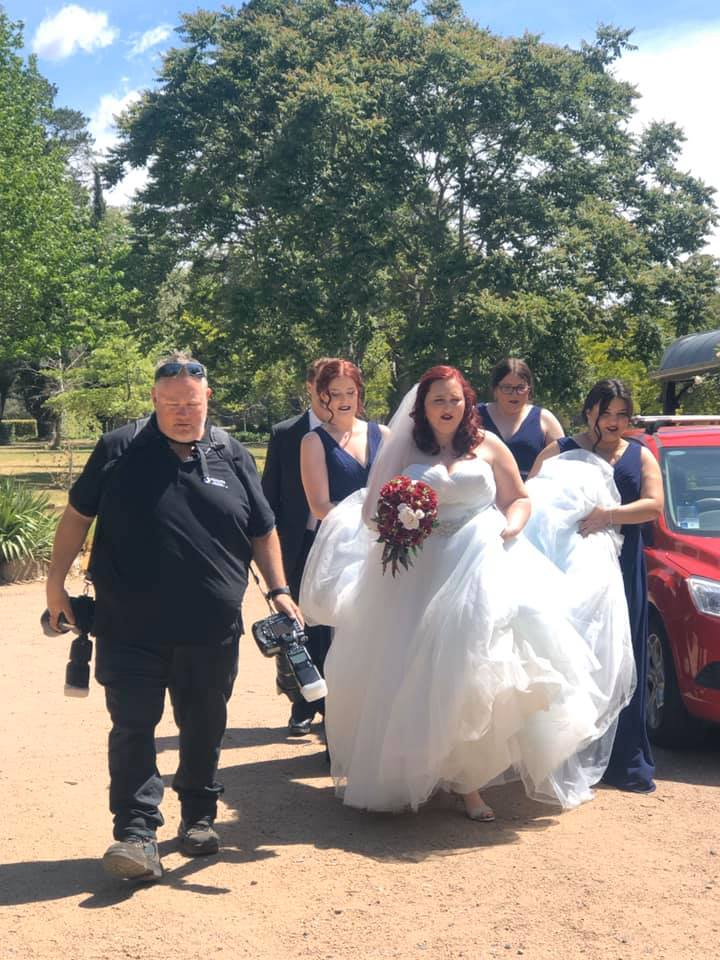 Sylvan Glen A-gorgeous-Disney-themed-wedding-with-Fiona-and-Jessie-Big.xx&oh=00f95e416efd8bbe531ca06b30421736&oe=5E3E6345