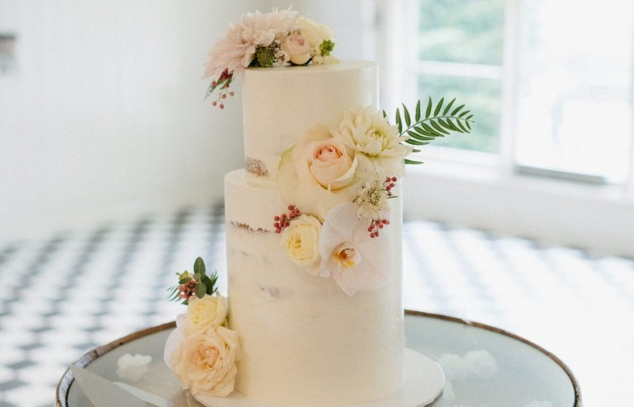 Sylvan Glen Stunning-cake-x-700x450
